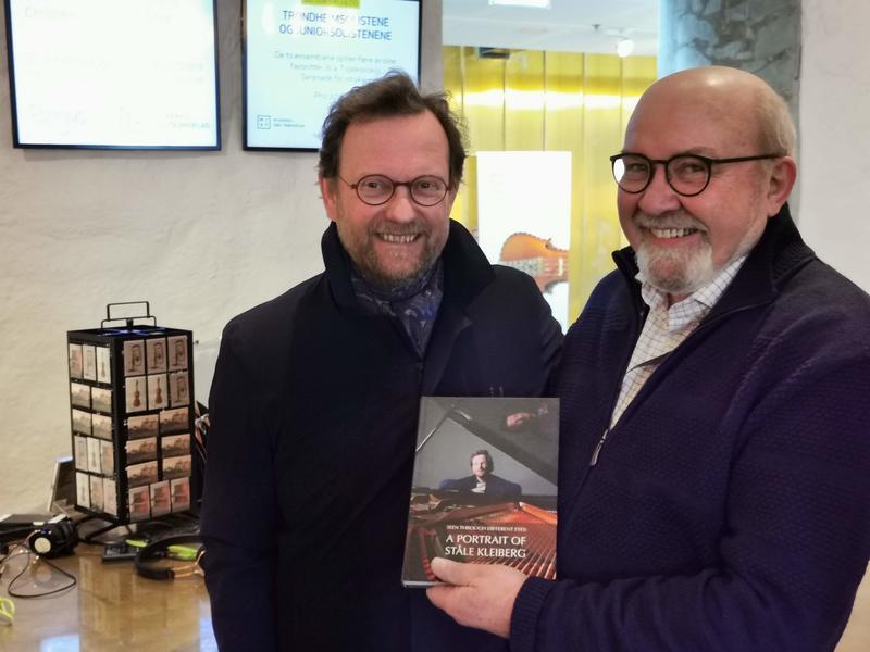 Komponisten og museumsdirektøren gleder seg til musikalske samtaler i serien På scenekanten. Foto: Ringve Musikkmuseum
