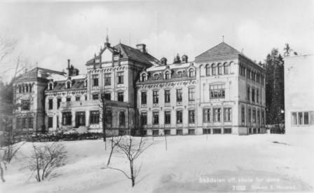 Skådalen offentlige skole for døve (Foto/Photo)