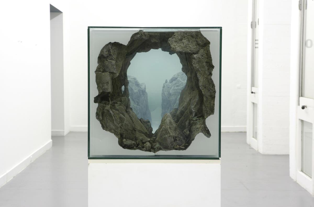 Mariele Neudecker, Over and over, 2004. Del av Trondheim kunstmuseums samling.