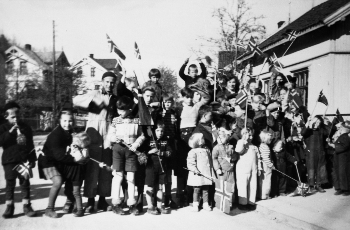 17. mai i Skien 1945.