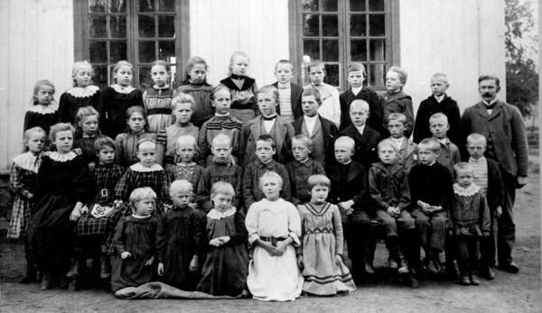 Dal skole 1904 (Foto/Photo)