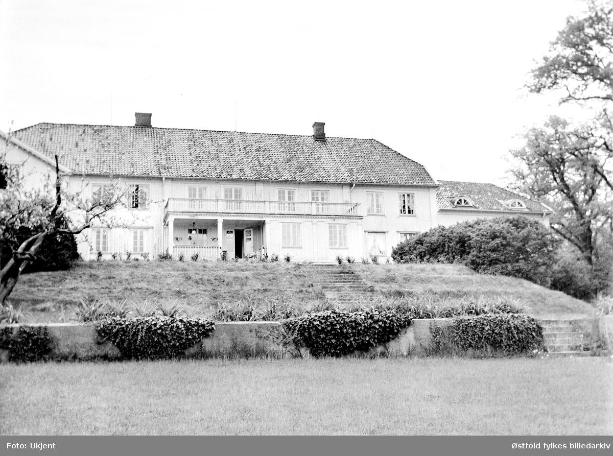 Rød Herregård, syd- fasade i Halden.
