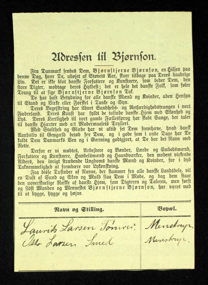Hundrevis utklipp med navnetrekk på adresse trykt i ulike aviser over hele Danmark.