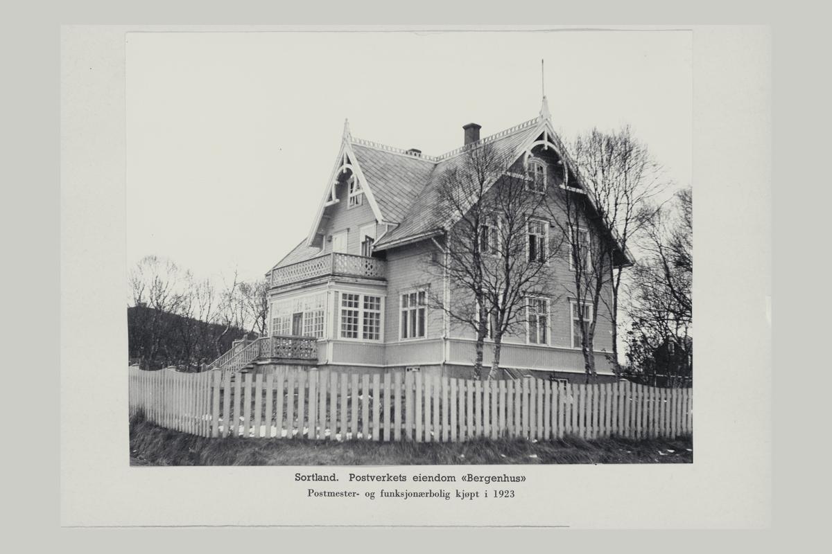 """eksteriør, postverkets eiendom """"Bergenhus"""", Sortland, postmester og funksjonærbolig"""