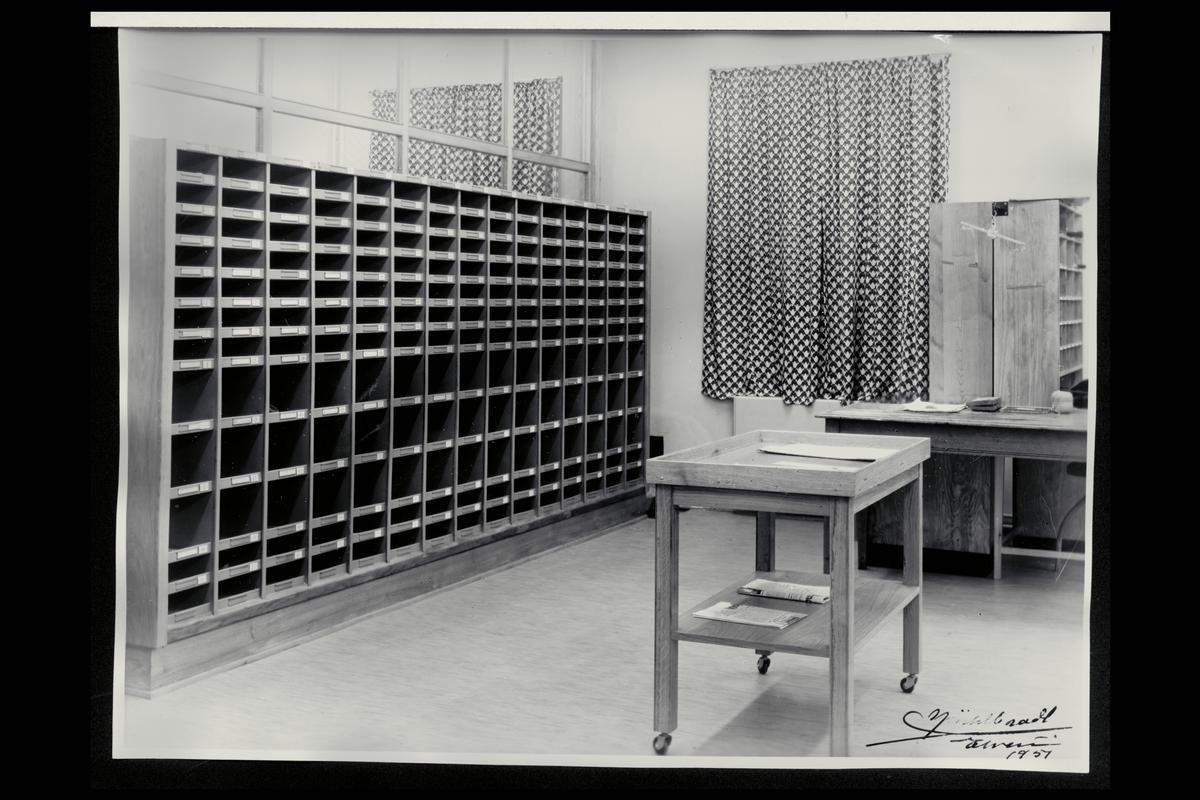 interiør, postkontor, 2400 Elverum, sorteringsreol, budavdelingen