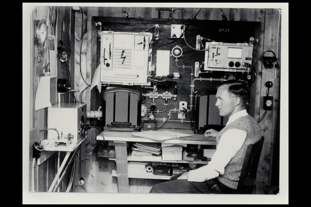 interiør, Moss flyvestasjon, radiorommet, mann