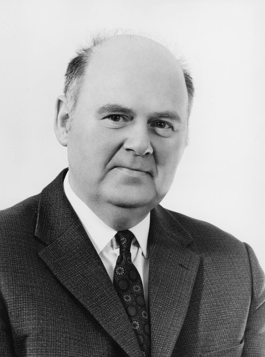 postelev, postekspeditør, postfullmektig, postekspeditør, postmester, Abrahamsen Olav Eigil, portrett