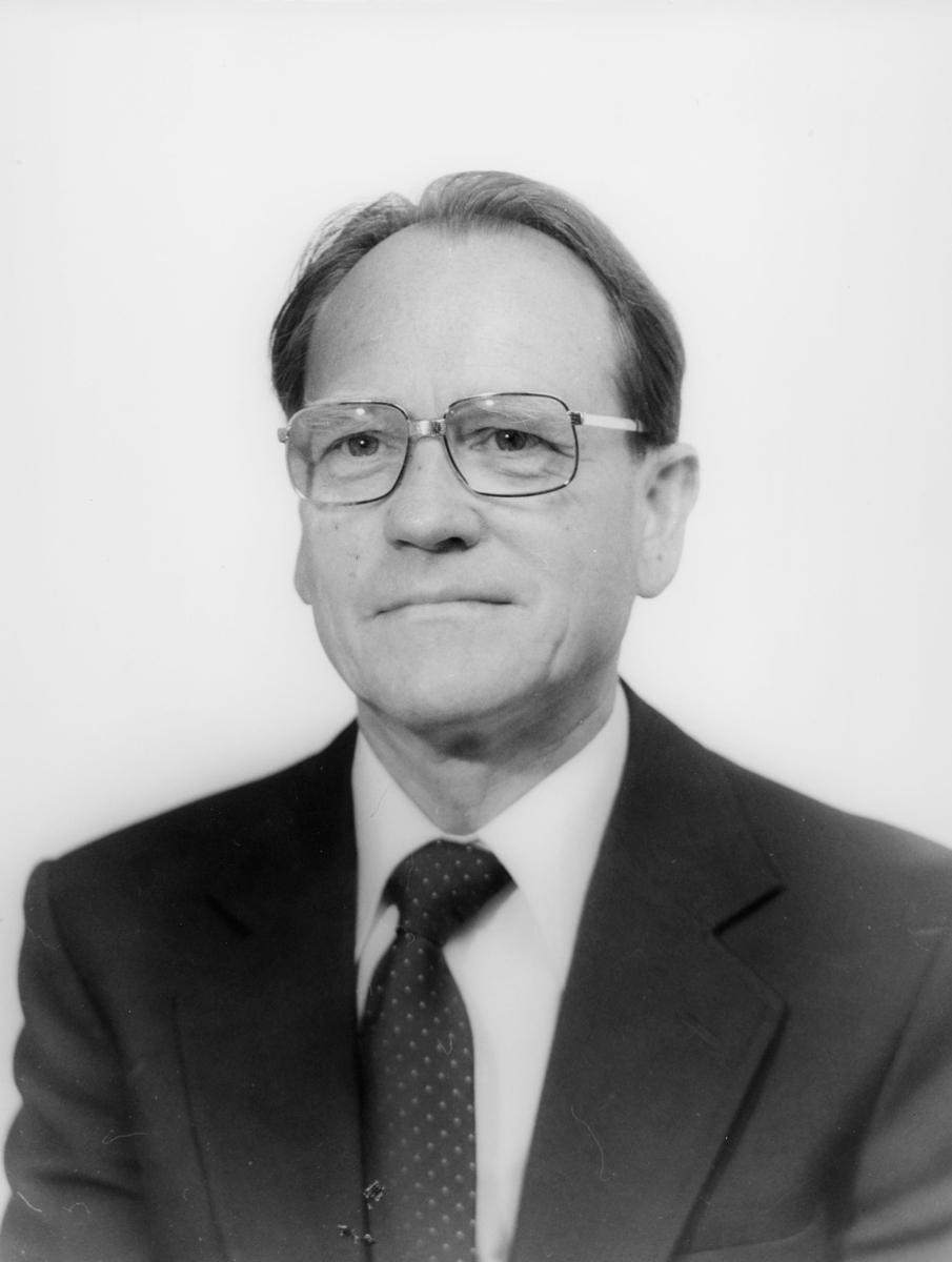 postsjef, Lundefaret Nils Magne, portrett