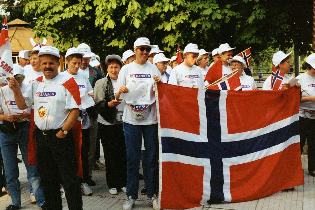 personale, velferd, fotballtur til Tsjekkia, reklame for postbanken