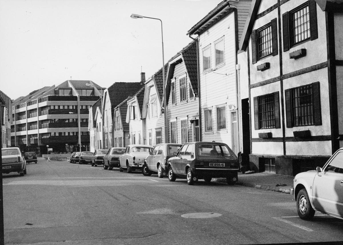 norgesbilder, bybilde, gate, biler, bygninger