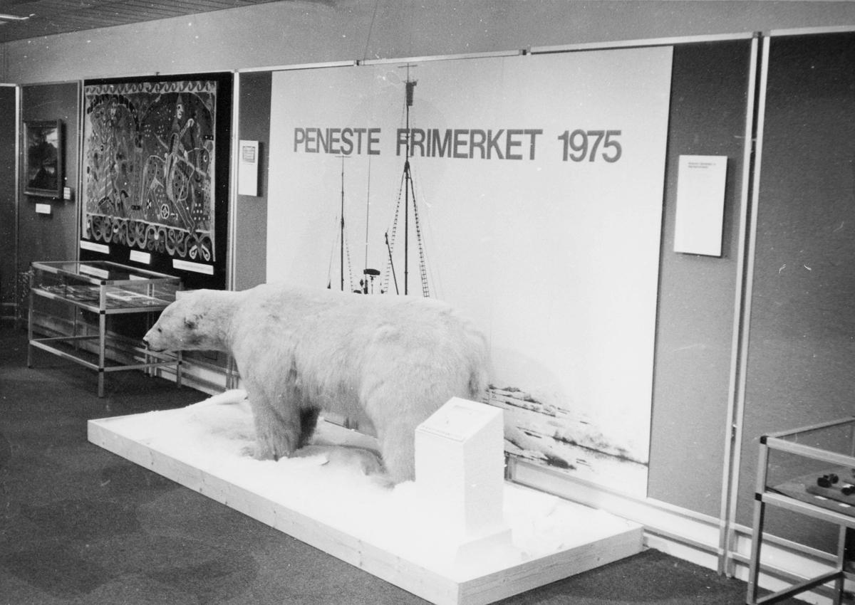markedsseksjonen, nasjonal frimerkeutstilling, Filos 76, 8.-17. oktober, peneste frimerke i 1975, Svalbard, NK 759, motiv isbjørn