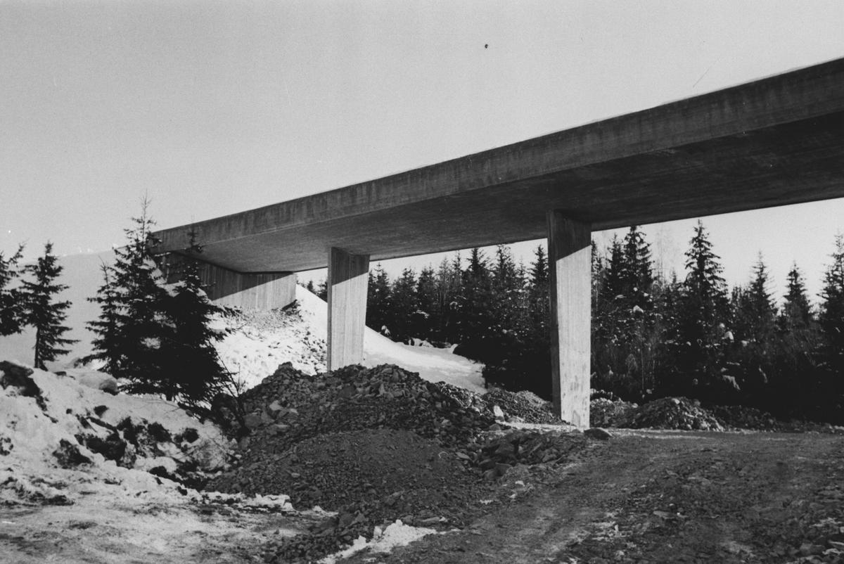 """Ringveien bro """"Nye E 6"""" gjennom Sørmarka"""
