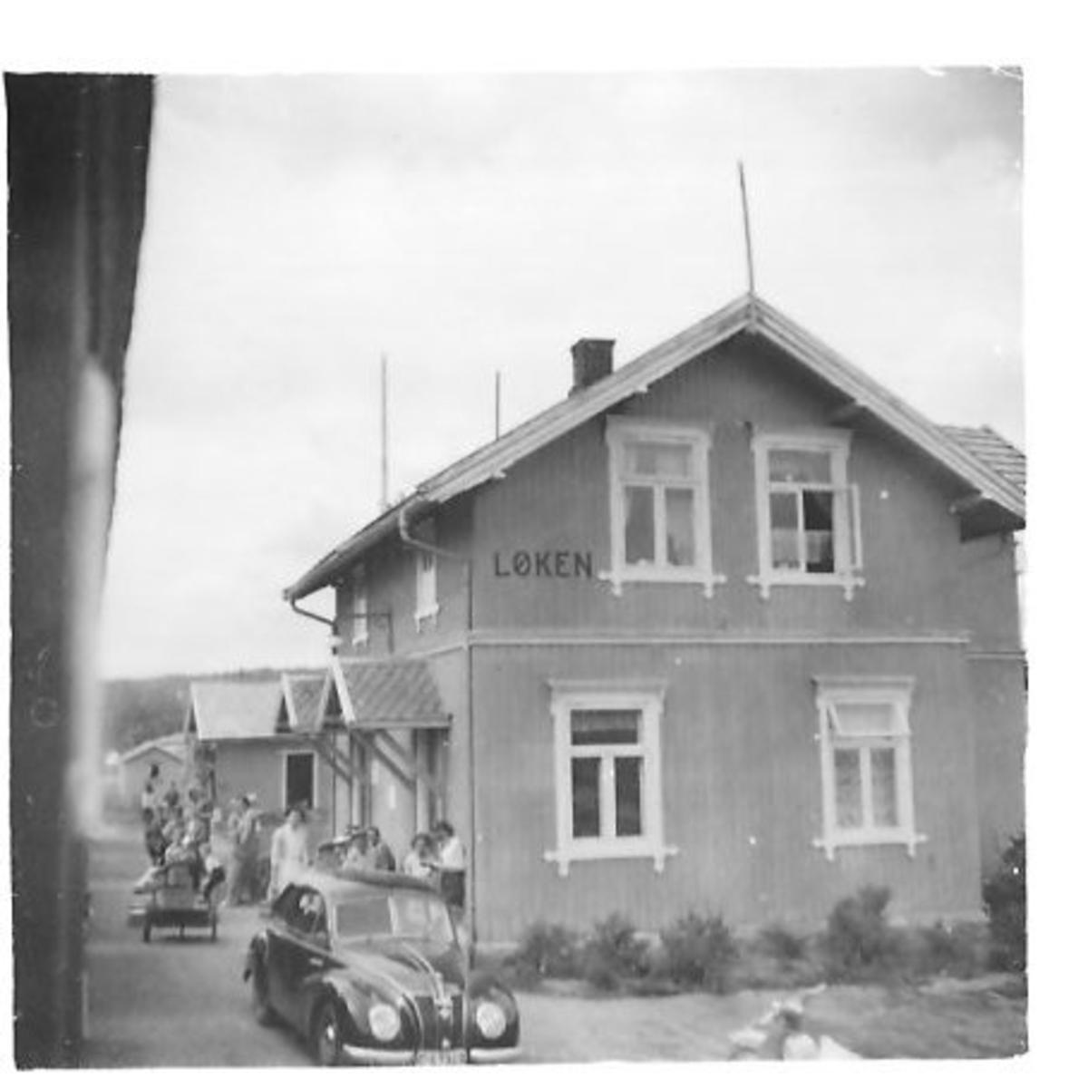 Løken stasjon ved togavgang
