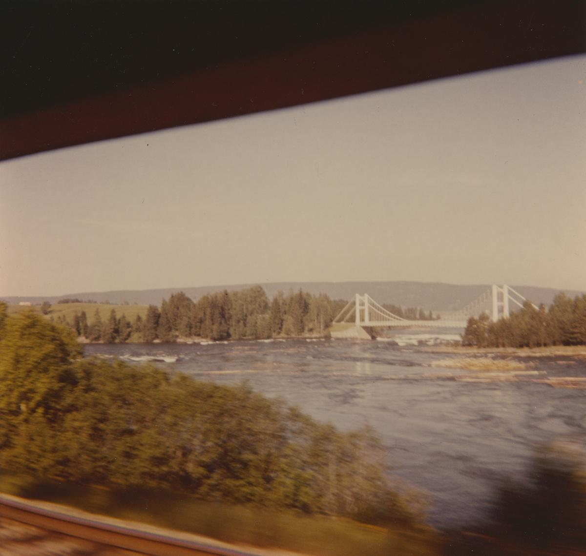 Utsikt fra Tertitten mot Bingsfoss bro, bygget ca 1930.