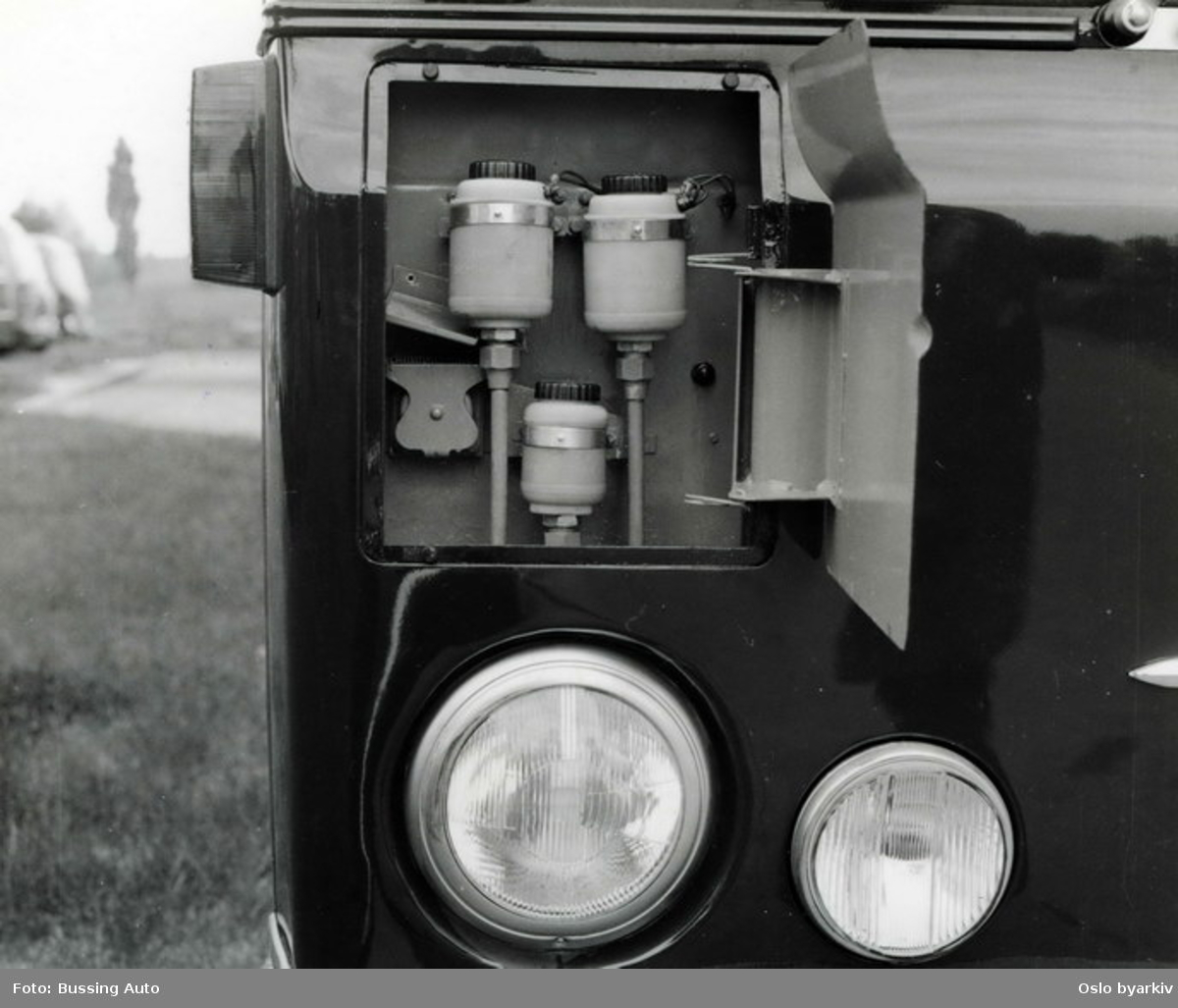 Oslo Sporveier. Detalj-bilde på en ny Büssing-buss fra enten 1965 eller 1968.