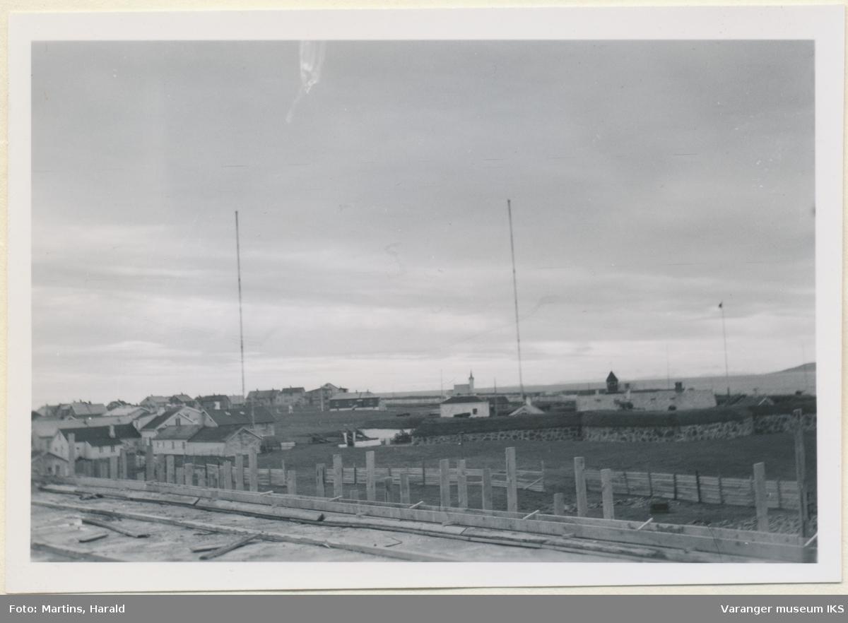 Vardøhus festning, sett fra sykehustomten, oktober 1956