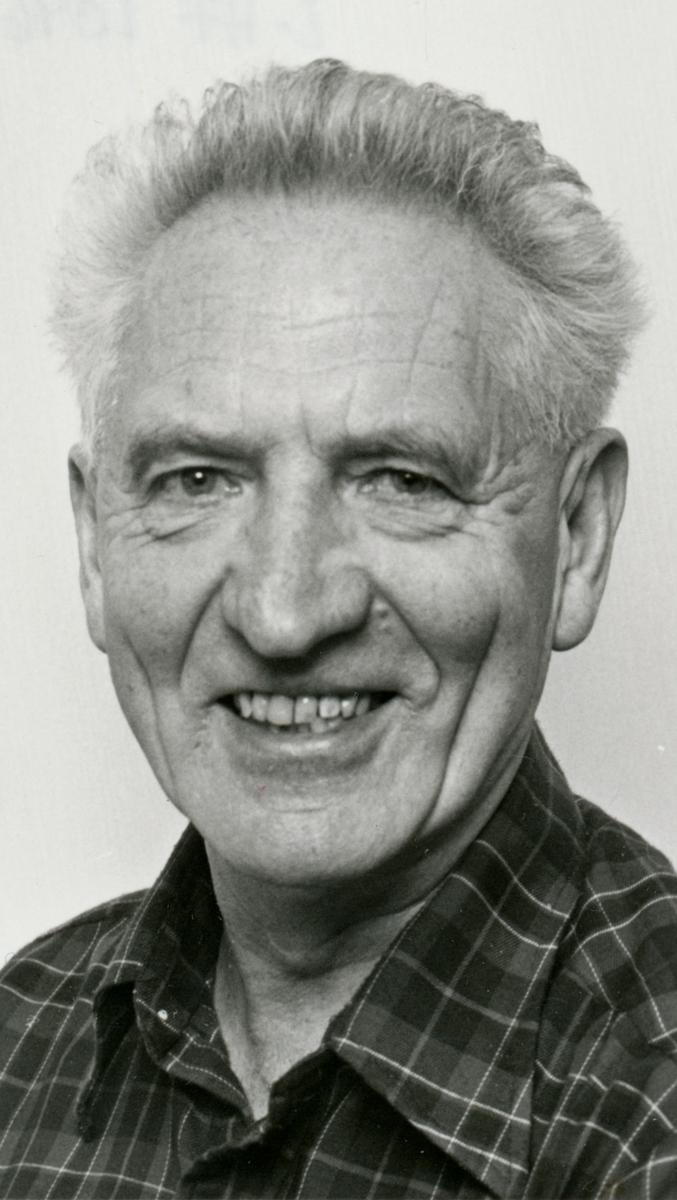 Portrett, 1, Håkon Lie