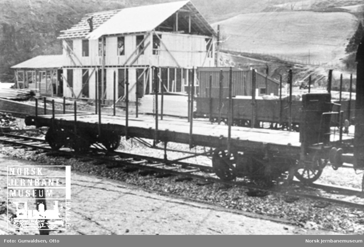 Flåm stasjonsbygning under arbeid