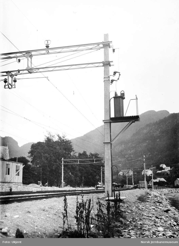 Kontaktledningsanlegg på Granvin stasjon