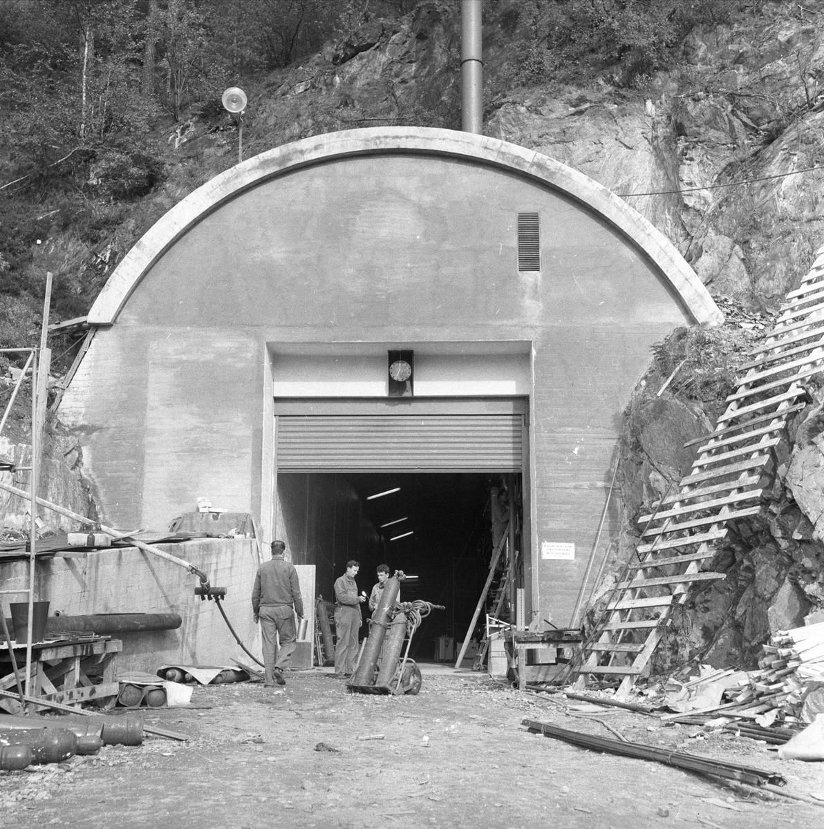 Halden, 04.10.1958, Haldenreaktoren, entreprenørvirksomhet.