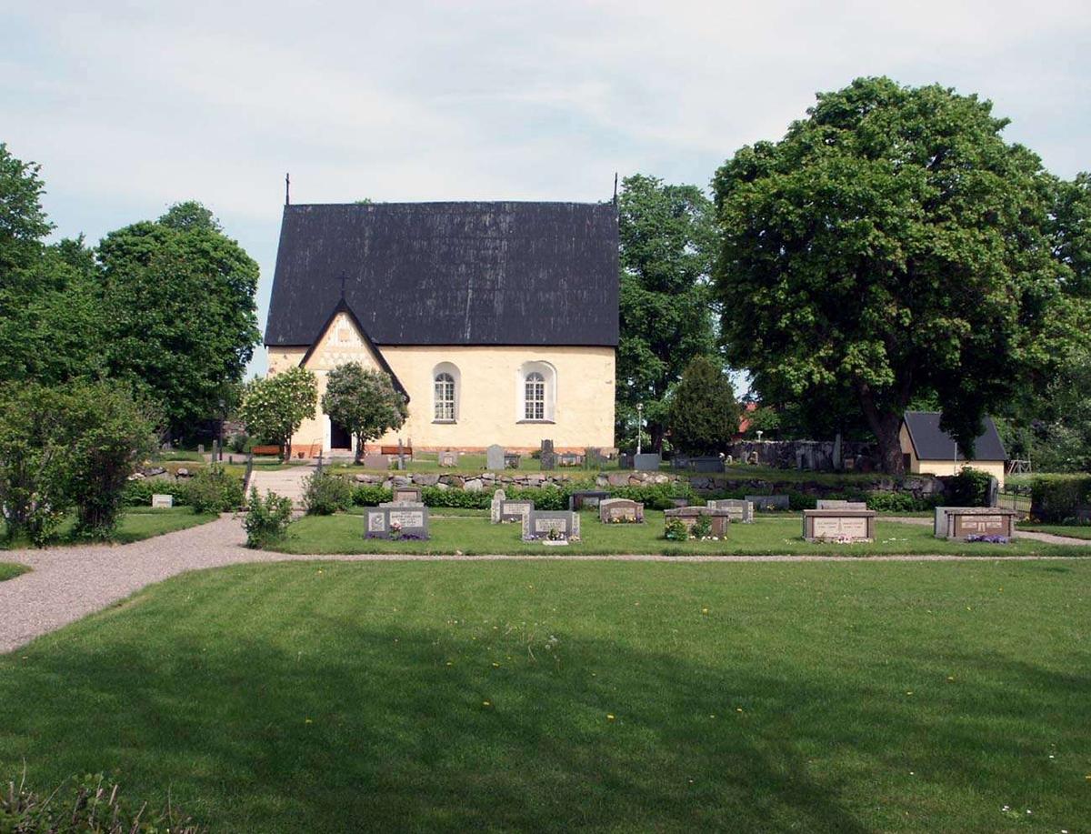 Bladåkers kyrka, Uppland 2005