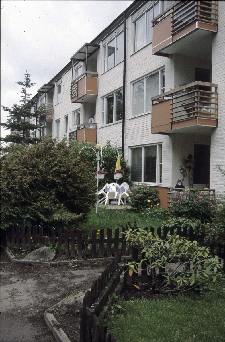 Flerbostadshus, Lagerlöfsgatan, kvarteret Lagerlöf, Löten, Uppsala 2001