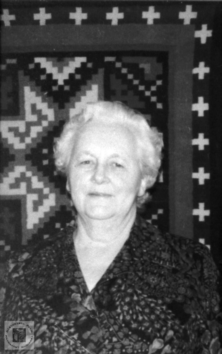 Portrett av Johanna Øislebø, Øyslebø.