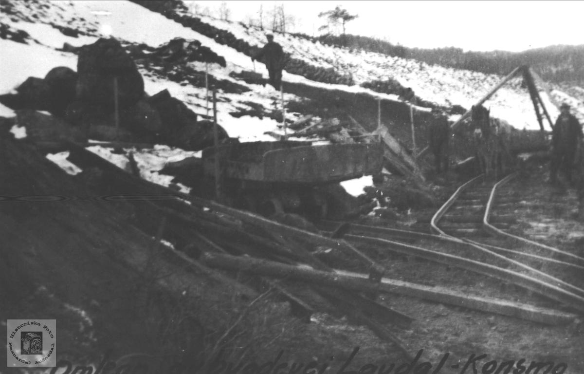 Ombygging av bygdevei Laudal- Konsmo i forbindelse med jernbane- bygginga.