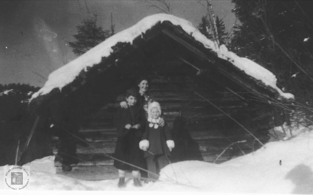 Stabbur i Sundet i Bjelland.