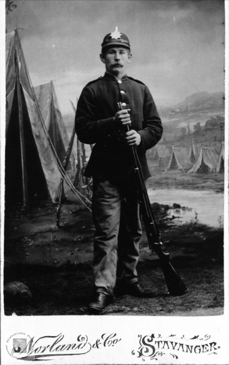 Soldatportrett av Fredrik Finsdal, Øyslebø.