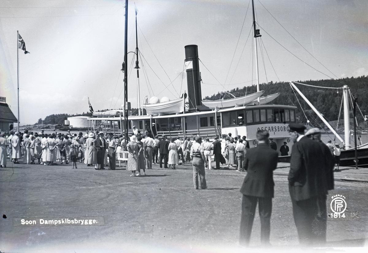 Fra brygga i Son, med dampskipet Oscarsborg