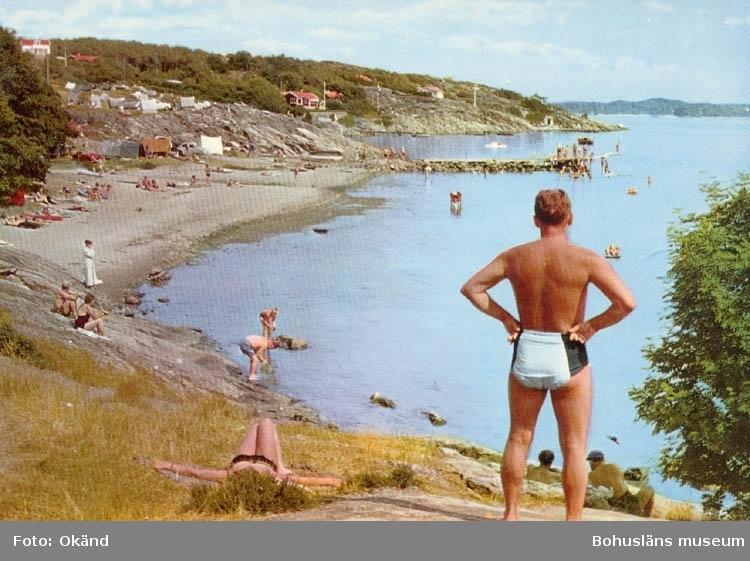 """Tryckt text på kortet: """"Lysekil. Gullmarsbaden."""" """"Ultraförlaget A.B. Solna."""""""