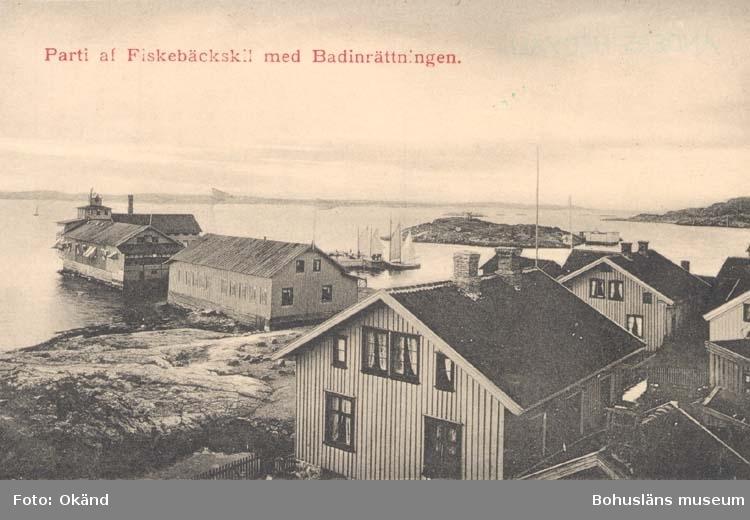 """Tryckt text på kortet: """"Parti af Fiskebäckskil med Badinrättningen."""""""