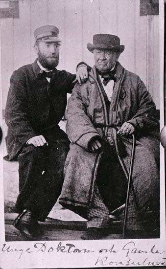 """""""År 1862. No. 76. foto Mariane Mollén original- Eget."""" enligt text som är inpräntad i emulsionen på glasplåten."""
