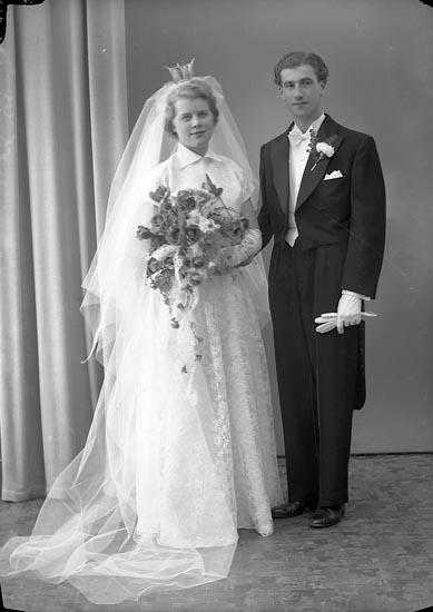 """Enligt fotografens journal nr 8 1951-1957: """"Eknestedt, Ingeniör Gbg""""."""