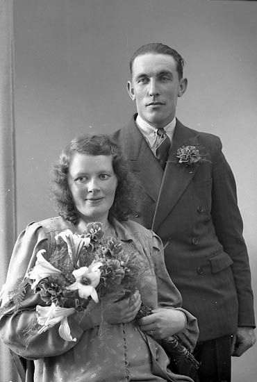 "Enligt fotografens journal nr 7 1944-1950: ""Olsson, Herr Erik Panneröd Svenshögen""."