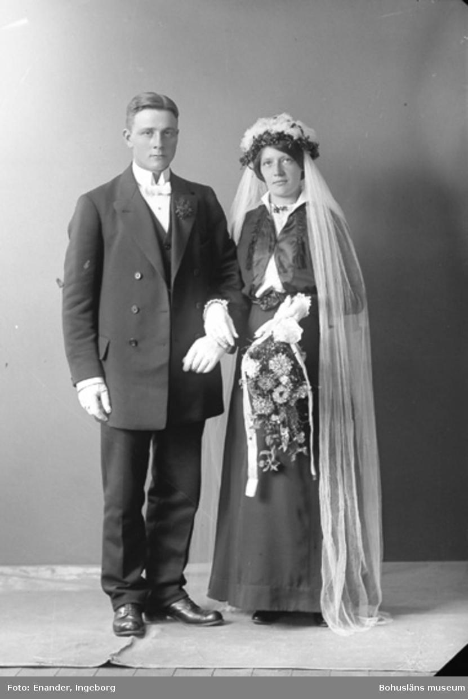 Brudparet Viktor och Anna Ottilia Johansson