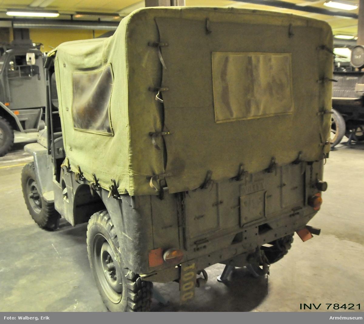 Grupp I VII. Gåva. Land S.  Jeep (lätt terrängbil) 1/2 tons-, Willys modell C J 3 A.