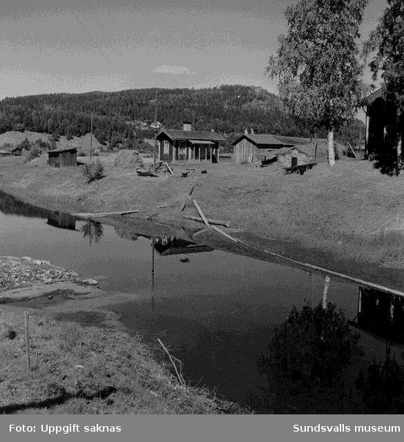 Utsikt från bron över Glimån mot NV