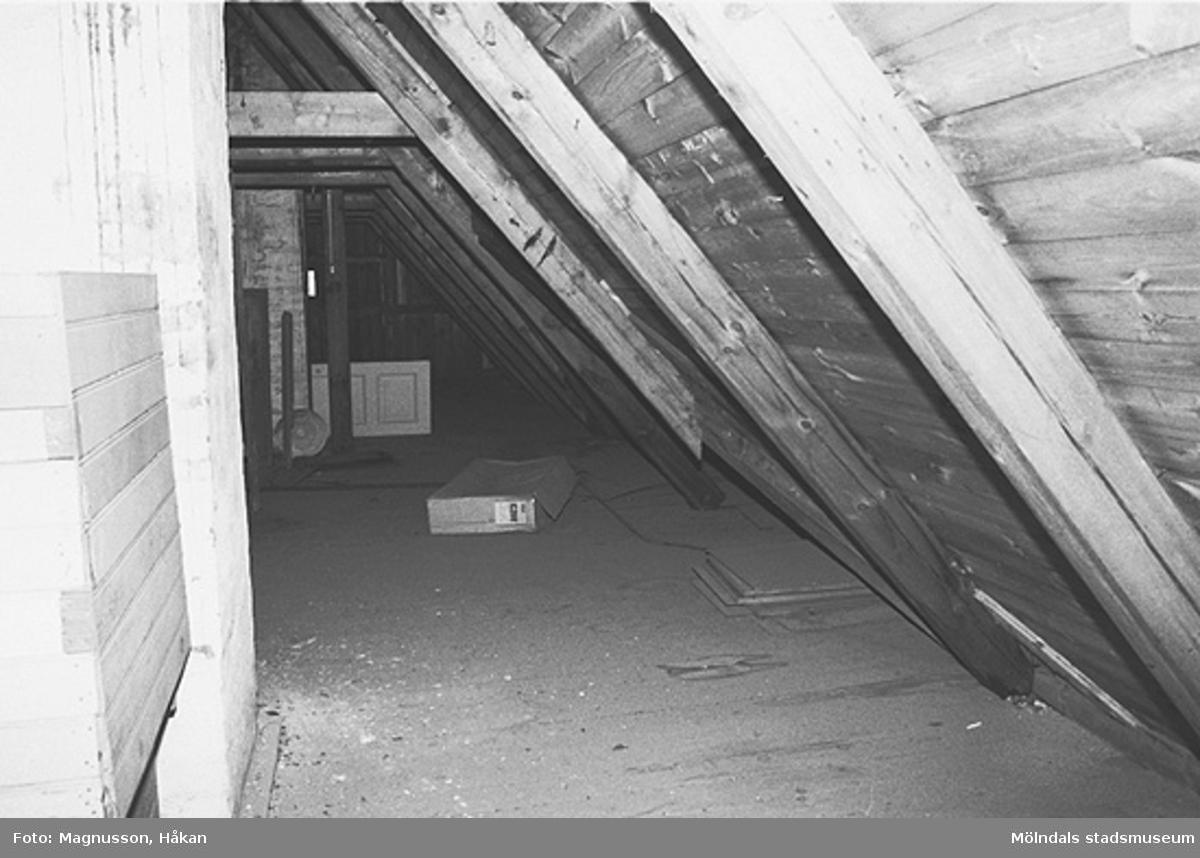 Byggnadsdokumentation inför rivning. Interiör i Kållereds station på Våmmedal 3:135 i Kållereds centrum, februari 1991.