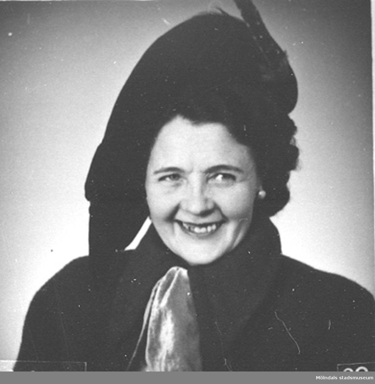 Karin Hasselberg (1903 - 1996), 1940- till 50-tal. Hon arbetade på Stretereds skolhem.
