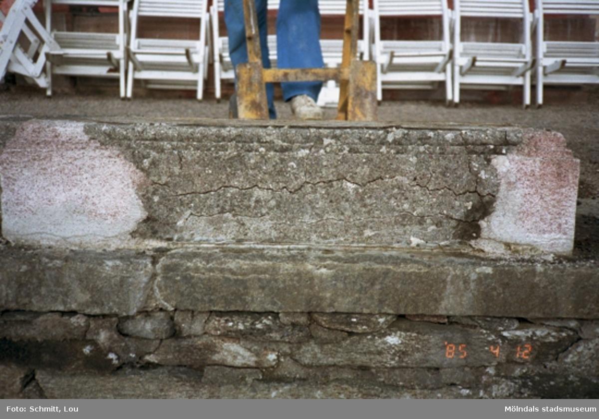 Fotodokumentation av stödmur vid Gunnebo slott 1995.