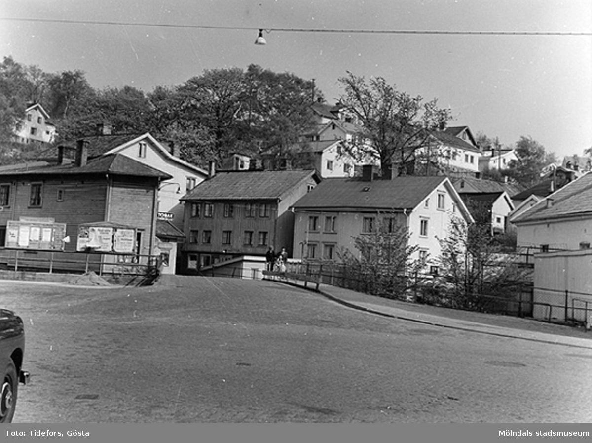 Forsebron från Gamla torget. Huset till höger är gamla Sveaborg (Forsåkersgatan 2A eller Kvarnfallet 27).