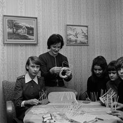Unglottornas handarbetskväll, Uppland