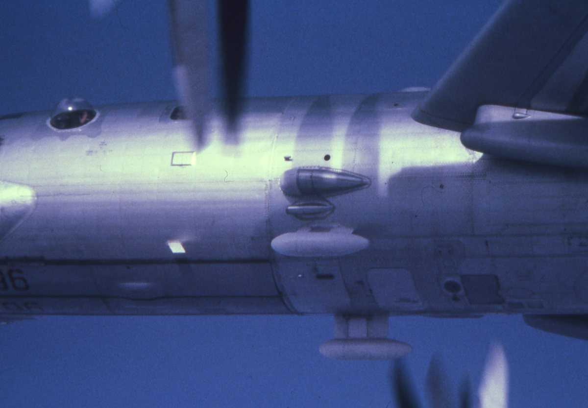 Russisk fly av typen Bear G med nr. 96.