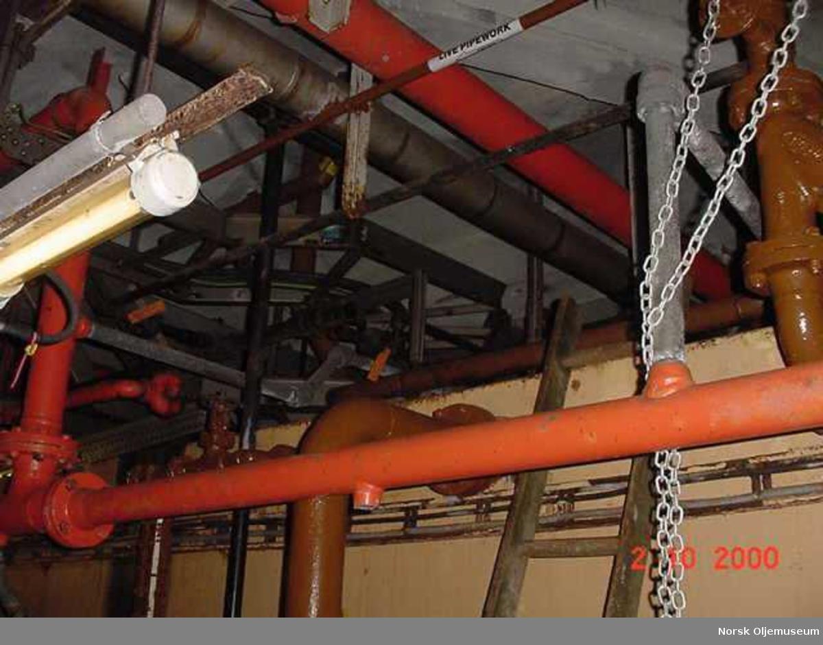 121-01 UDB122 - TS-pipework