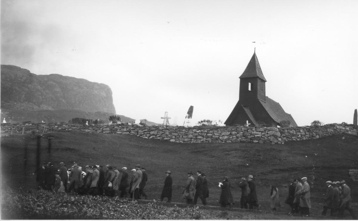 Gravferd ved Vilnes kyrkje
