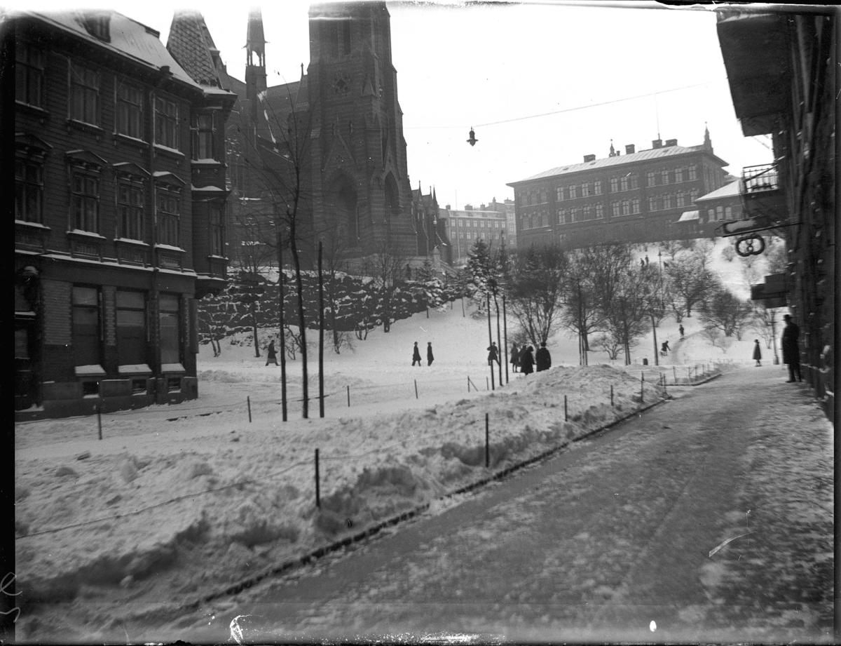 Parti av Plantagegatan. Vintertid.