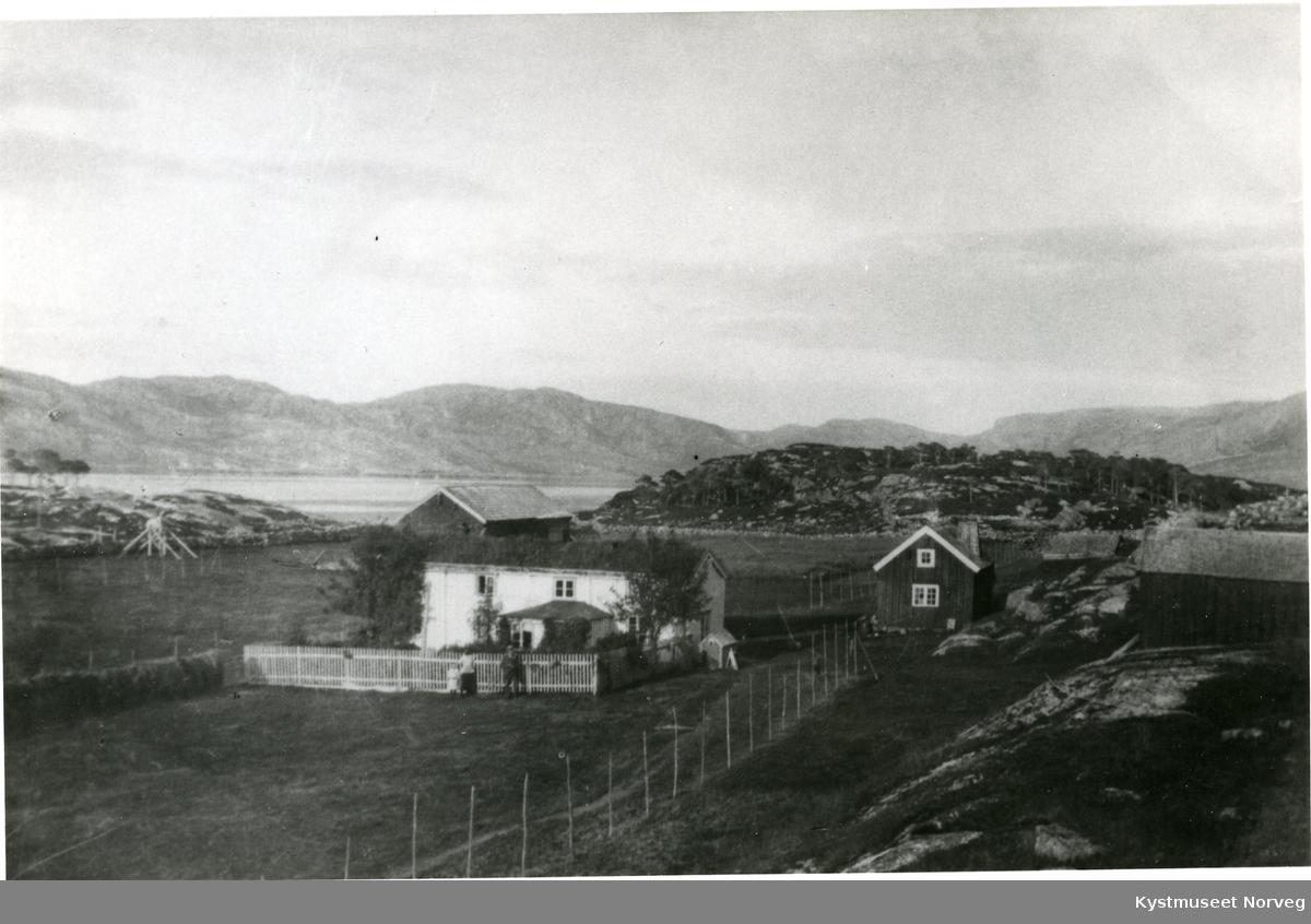 Flatanger, Barøya gård