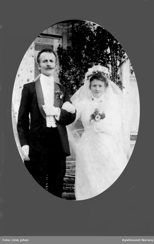Brudebilde av Lærer Aronsen med frue
